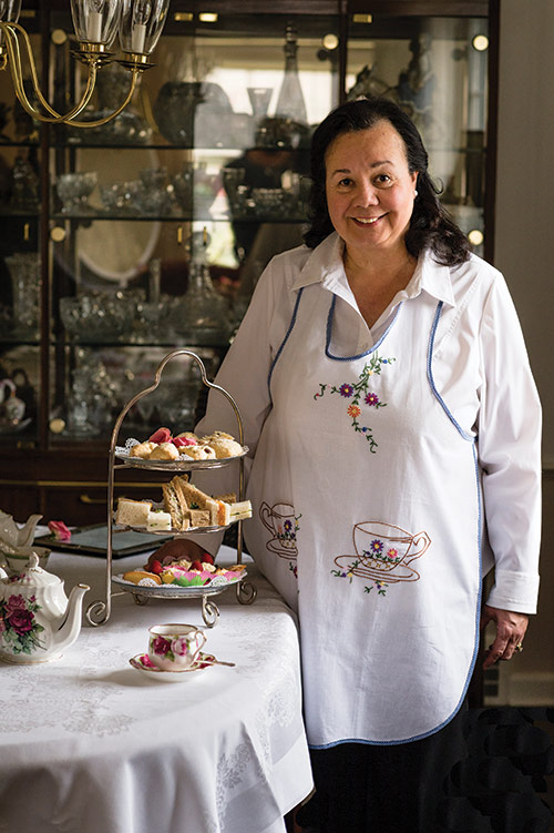 Barbara Glauser of the Rolling Tea Cart