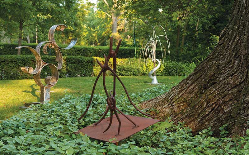 Sculptures by Arnold Reisman
