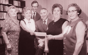 The Shaker-Lee Synagogue Sisterhood in 1970, presenting a donation of $1,500 to the Israel Emergency Fund