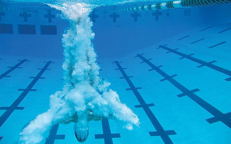 Diver Lyle Yost underwater